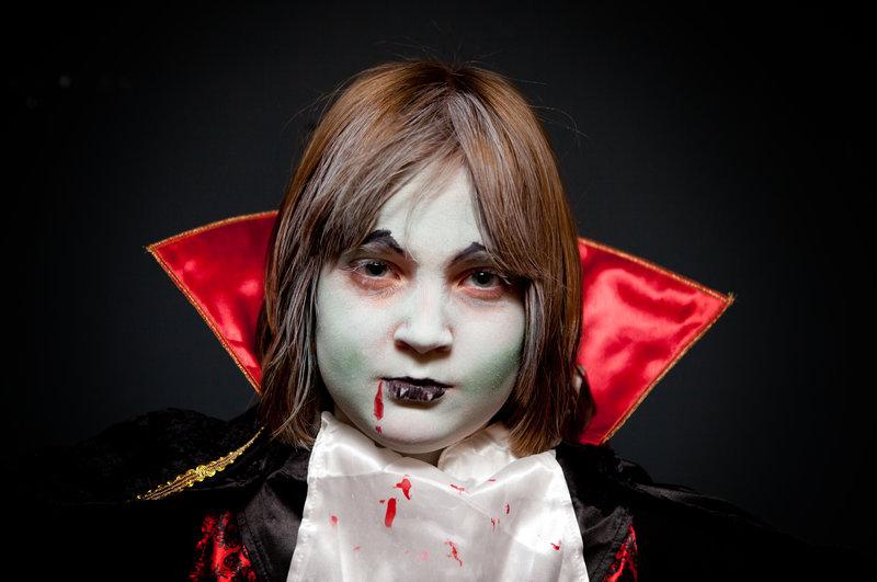 Maquillaje de Vampiro para niño, Supertribus