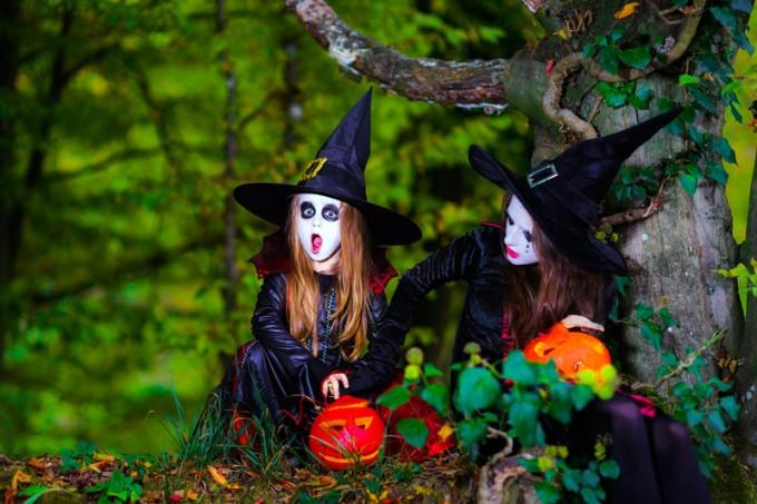 Maquillaje de Brujitas para Halloween en Supertribus