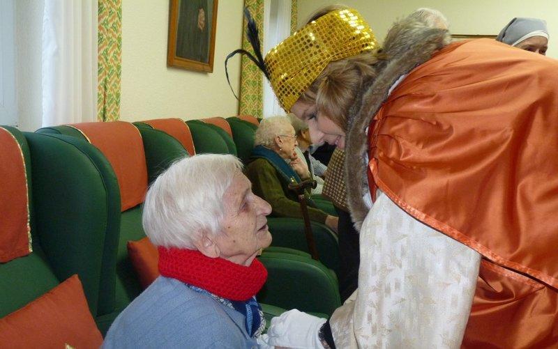 Los Reyes Magos también visitan a los ancianos