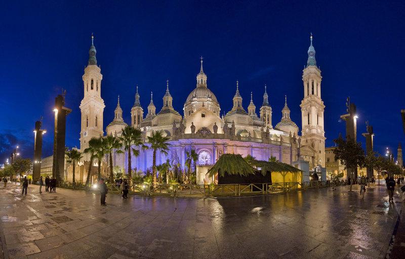 Basílica del Pilar y Belén Gigante: Foto de Zaragoza Turismo (Flickr)