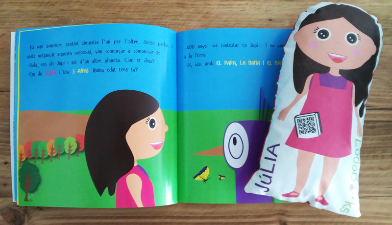 Muñeca Personalizada y Cuento de LudoBooks