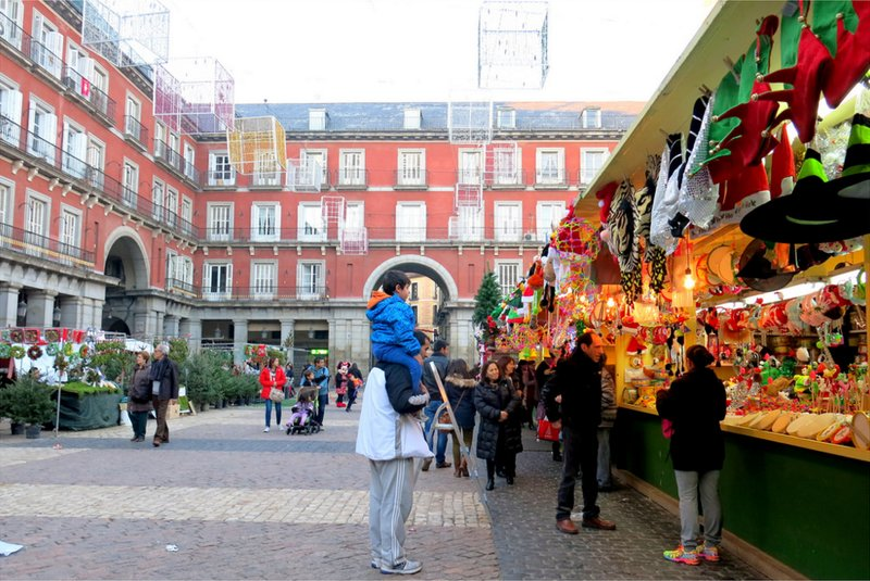 Mercadillo Navideño de la Plaza Mayor. Foto de Manuel (Martius en Flickr)