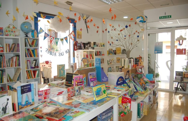 Librería En las Nubes, en Murcia (Librerías infantiles diferentes en España)