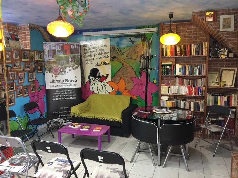 Librería Bravo en Fuenlabrada (Las librerías más bonitas de España)