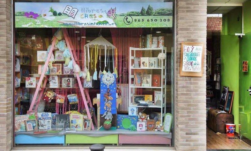 Lliberia Llibres Chus en Alicante (Las mejores librerías infantiles y juveniles de España)