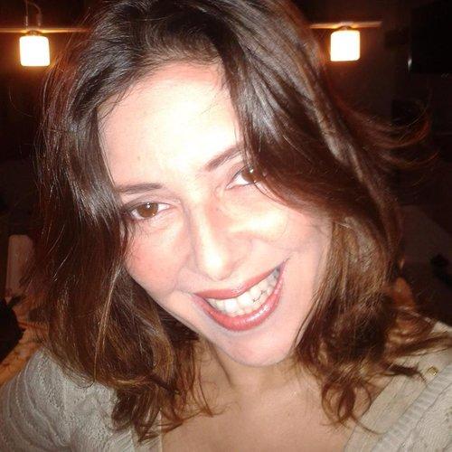 Silvia Núñez Botti Una Mamá Holística en Supertribus