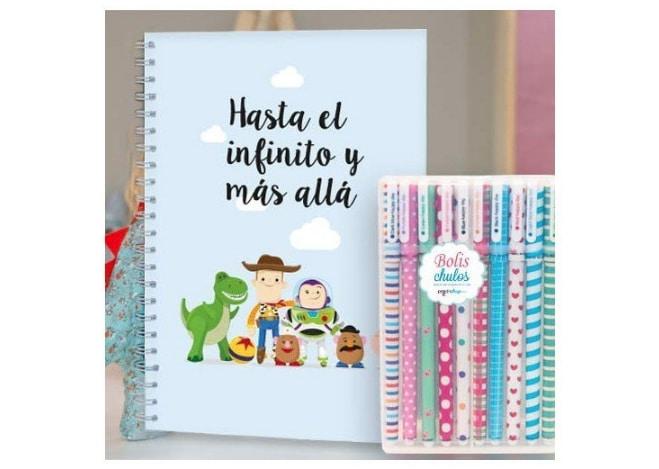 Cuadernos y bolígrafos de colores de Prodishop en Supertribus