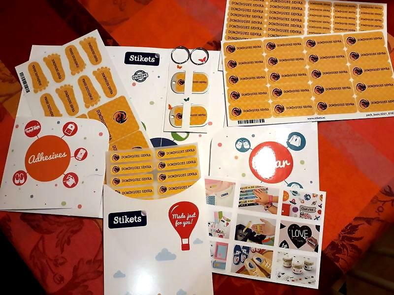 Stikets Etiquetas personalizables para el colegio y la guardería
